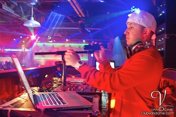Sin-Cero / Warehouse Fridays / Club Life